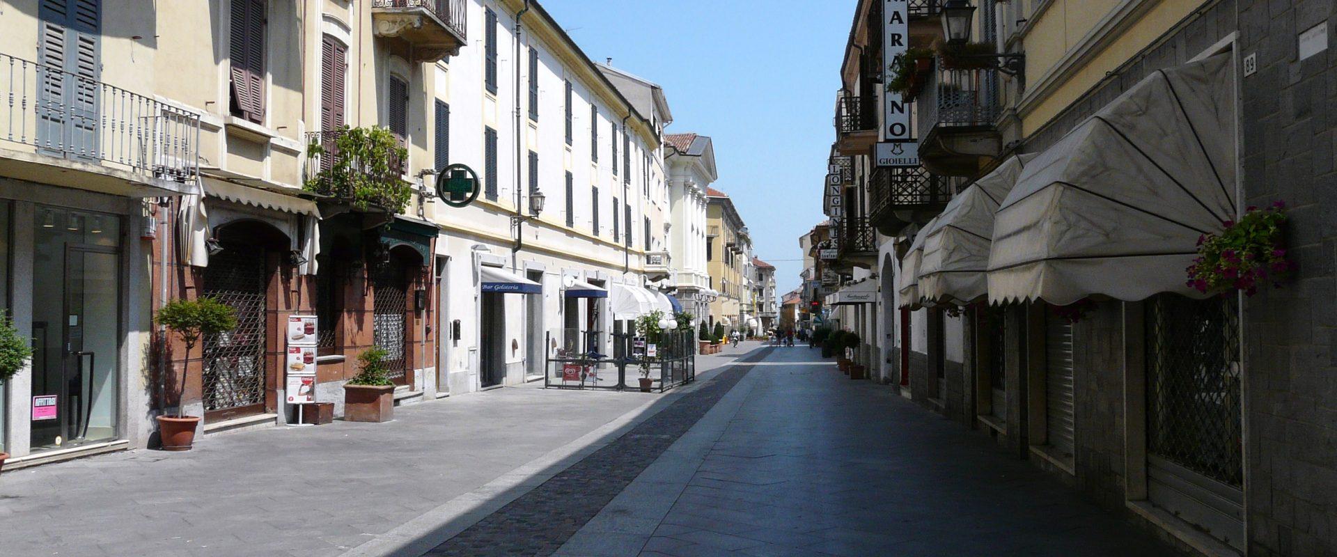 Gazebo in Corso Garibaldi a Valenza